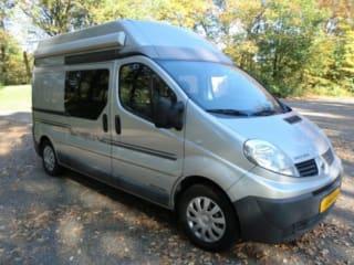 BusCamper Traveler – Ongekende vrijheid met deze 4persoons BusCamper Traveler