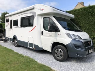 YOLO Camper – Geräumiges Wohnmobil