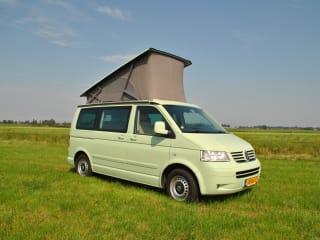 Minty – Vola e guida - Prenota nei Paesi Bassi e prendi il camper VW in Portogallo!