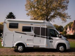 Schöner und kompakter Camper für 3 Personen / CC3