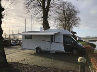Erg mooie luxe LMC camper voor onvergetelijk reis