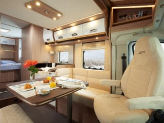 Luxe Camper – Luxe mobilhome te huur