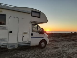 Get around Sardinia comfortably in a camper