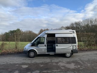 Sammy Sleeper – A great 2 berth fully self contained van, idea for those peaceful getaways