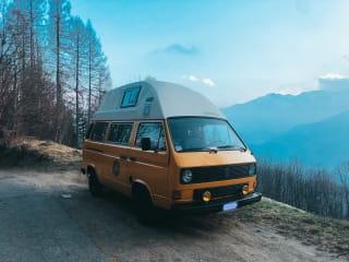 EFESTO – Volkswagen T3 - Camper allestimento Westfalia con tetto rialzato