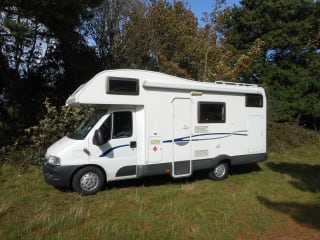 EASY MOTORHOME HIRE JUST TURN UP AND GO 3