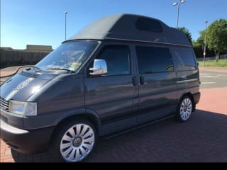 Volkswagen T4 high top with awning