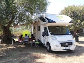 PLA738M2011 – Camper mansardato 2011