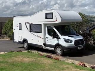 Rolly – Roller Team 6 Berth Motorhome