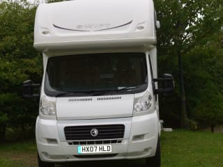 Susie – 5 berth pet friendly motorhome, based between Brighton and Gatwick