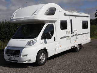 Bessie – 6 berth pet friendly motorhome, based between Brighton and Gatwick