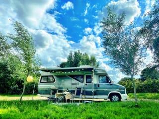 Barry de Camper – Fiat Hobby 600 - volledig ingericht op vakantie