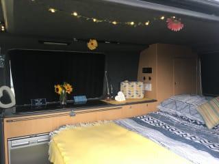 Ginny  – VW T5 2.5 Transporter Campervan Pop Top