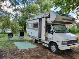 Turbo Daisy – Nette 4 persoons Hymer Camp klaar voor avontuur!