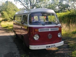 Vintage VW T2 Westfalia Campervan