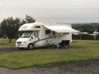 Tiki the family 6 berth motorhome, the best way to make memories.