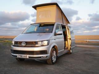 Luxury VW Sporty Camper