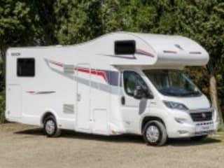 Camper 5 posti con garage