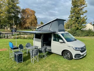 Belle – BRAND NEW T6.1 VW California Ocean DSG Automatic