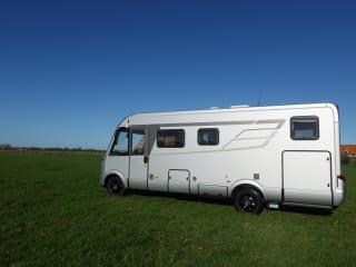 Hymermobil – je vakantie begint zodra je in deze luxueuze Hymer BMC/I 680 binnenstapt