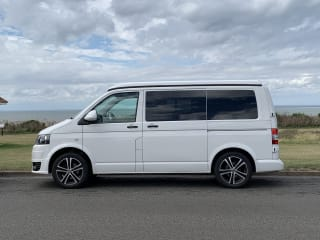 Billy – VW Transporter T5 Campervan - 2020 Professional Conversion