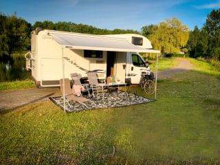 The Princess – Princess camper -  ruime alkoofcamper voor 6 personen