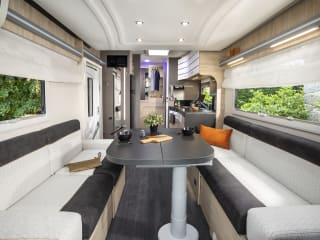 Challenger 260 – Nieuwe ruime mobilhome. 2p Challenger