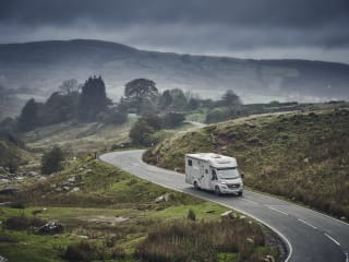 Luxury Glamper Van with extra dropdown bed