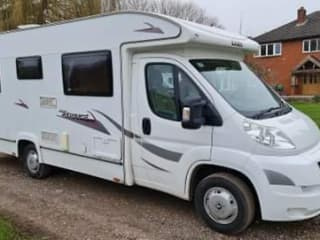 Kevin  – Lovey 4 berth Motorhome- based in Hereford