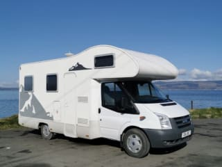 Great 6 berth Ford Katamarano