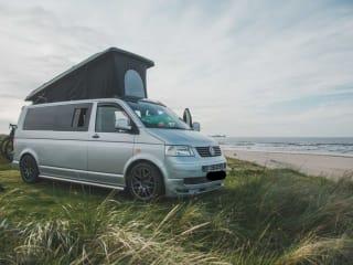 Moby – Off-grid Summer Adventure Campervan