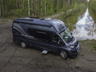 De Kamielmobiel – Toffe campervan voor 4 pers Globetravel  Pathfinder