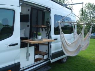 Superb 4 berth Campervan with Kingsize bed