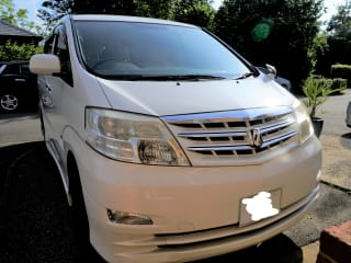 White Camper – Toyota Alphard Family Campervan for your Staycation