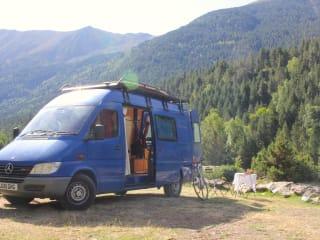 Márta  – Campervan for all seasons