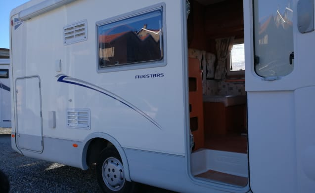 MIRAGE FIVE STARS – COMFORTABLE ACCESSORIES COMFORTABLE CAMPER