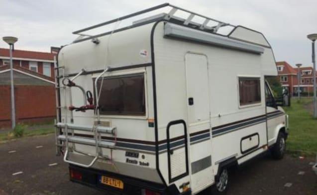 Polly – Coziest motorhome Netherlands!