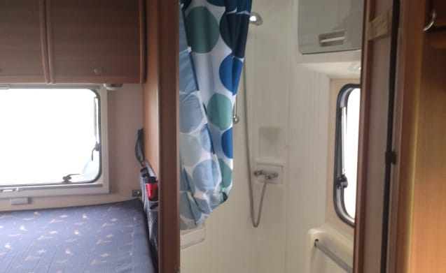 Beautiful Roller Team camper for 4 people