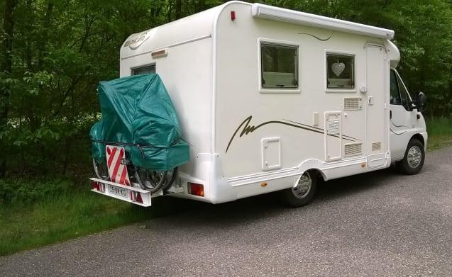 De Levensgenieters – Luxe camper voor veel vakantieplezier