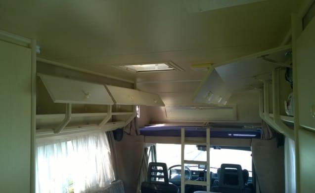 Ampio confortevole camper per famiglie