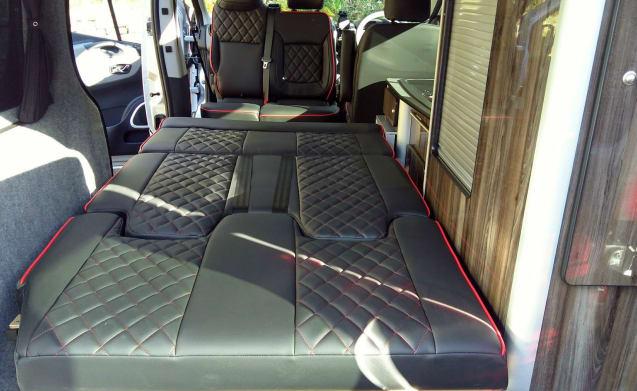 Renault Sport – Renault Bespoke Camper Van
