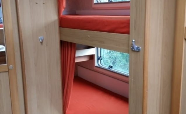 Riviera – Cozy, spacious, yet cozy family camper for more than 6 people