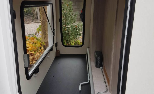 Compacte 2 tot 3 persoons camper – A01 - Chausson 610 compact