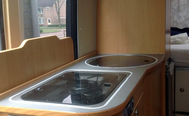 Compact bus camper Adria Twin for rent