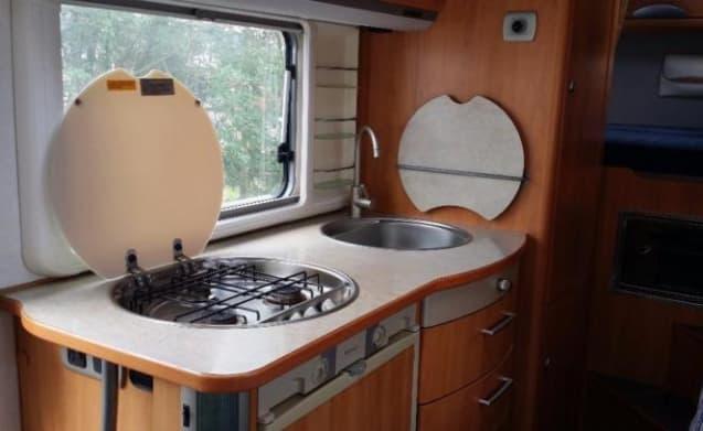 Beemster 5 – Hymer B514 family camper!