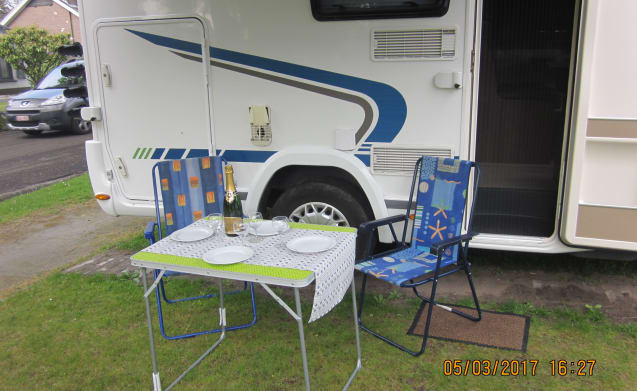 Cozy family motorhome