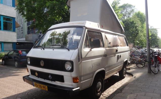 Rijn – VW T3 Westfalia uit '88 benzine automaat met hefdak