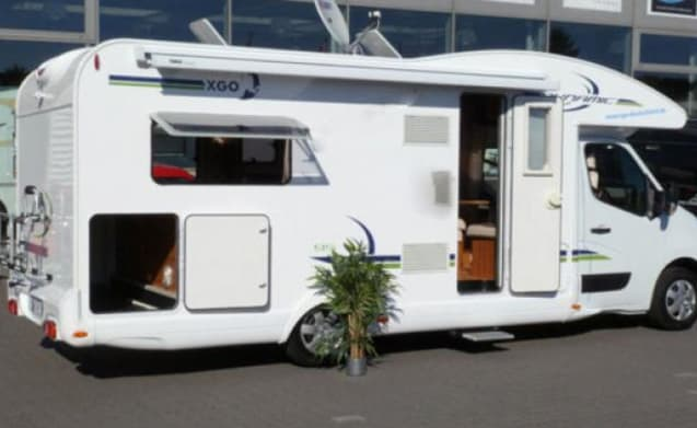 B-type – After cancellation € 600 discount on modern family camper 4/5 pers.