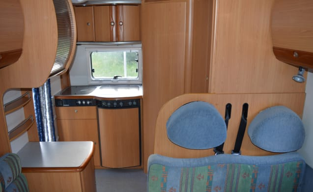De Parel – Wonderful and practical family camper!