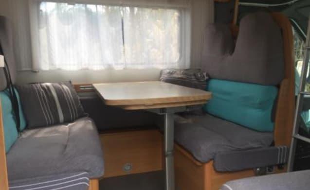 Te huur: onze knusse en comfortabele alkoof camper 4-6 pers